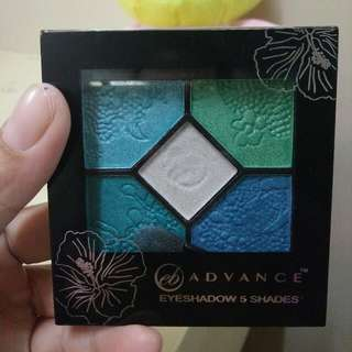 EB Advance Eyeshadow Pallette (Blue Happiness)