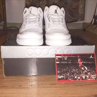 Dead Stock Size 9.5 Retro Jordan 3's Pure Money