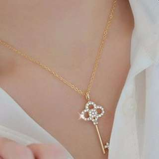 [CLEARANCE] 18k Gold Plated Key Necklace