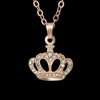 [CLEARANCE] Rose Gold Crown Necklace