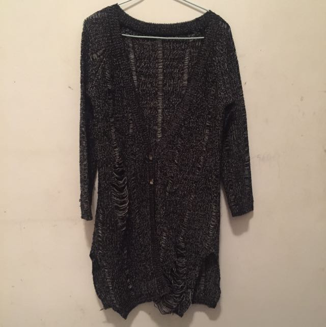 黑色針織刷破罩衫