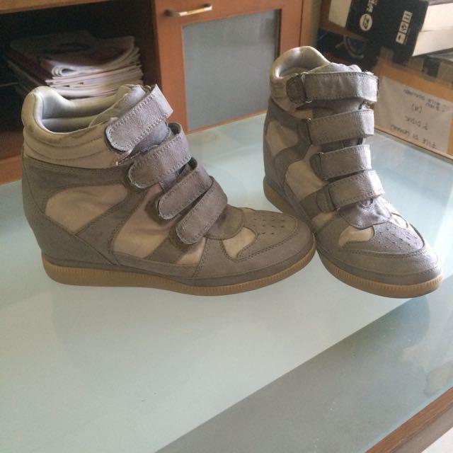 AirWalk Sneaker Wedges Abu-Abu 8fee515d40ac
