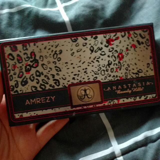 Anastasia Beverly Hills Amrezy Eyeshadow Palette Limited Edition