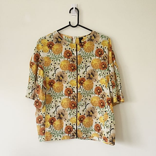 BOUTIQUE By Topshop Floral 70's Style Blouse
