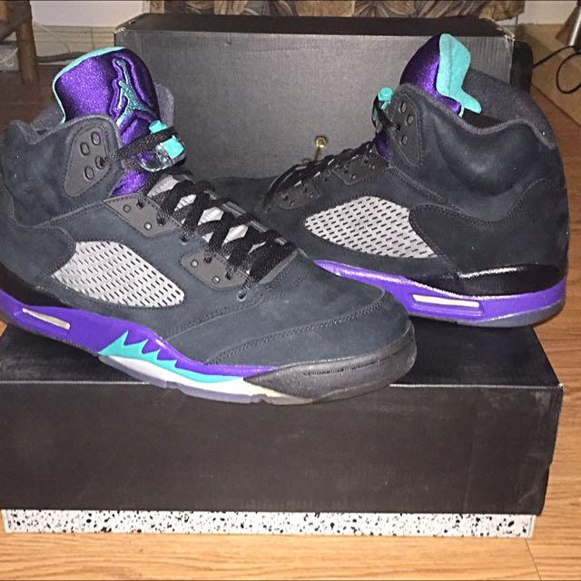 Dead Stock Retro Jordan 5's Grape Black Size 12