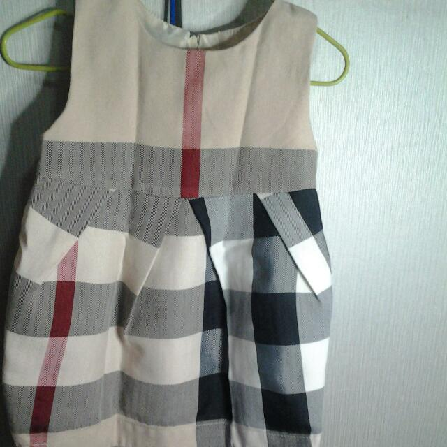 dress burberry size 1