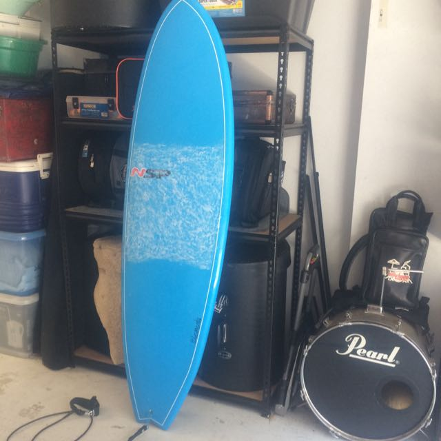 Epoxy Surfboard 6'6 (price negotiable)