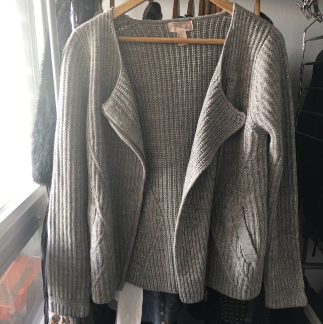 Forever 21 Moto Sweater Size M