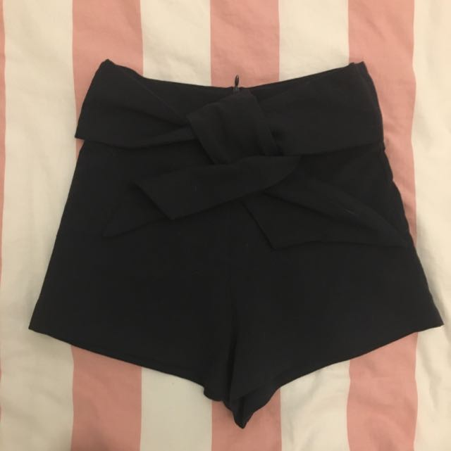 Lenita Knotted Shorts in Midnight Blue (The Editor's Market)