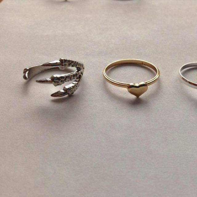 Mid Rings Claw Ring Hearts
