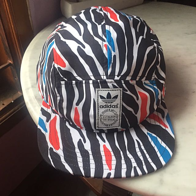 New Topi Adidas Authentic