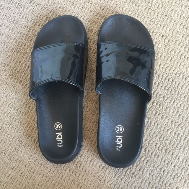 Rubi Black Slides