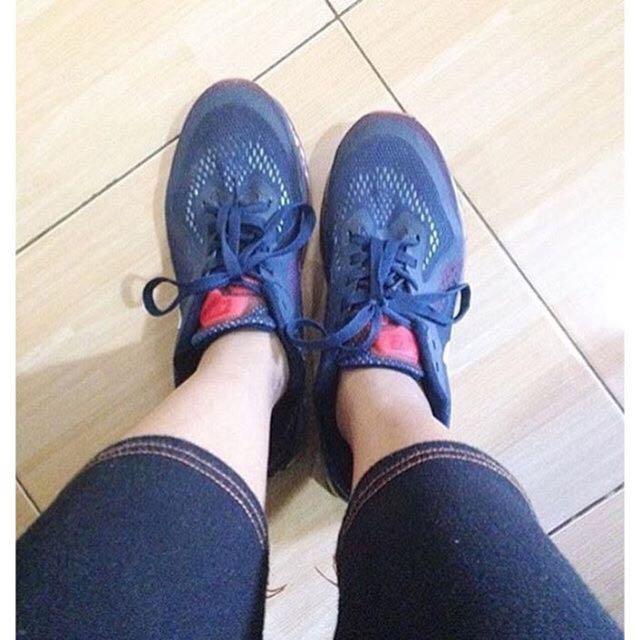 Sepatu running Airmax