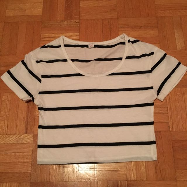 Stripped black & white crop top