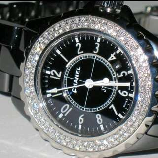Chanel J12 Quartz movement