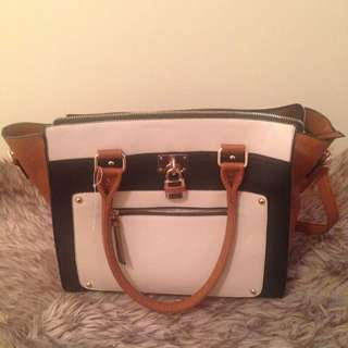 *PRICE NEGOTIABLE**Call It Spring Shoulder/Crossbody Bag