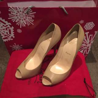 authentic Christian Louboutin Size 41
