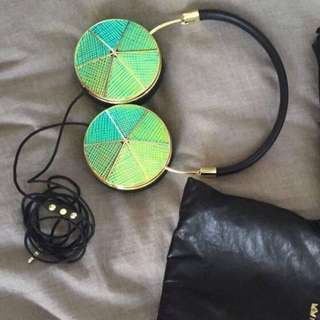 Taylor Frends Headphones