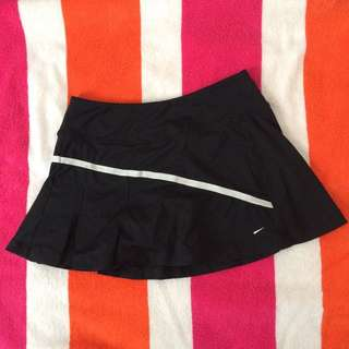 Size 6 NIKE TENNIS SKIRT