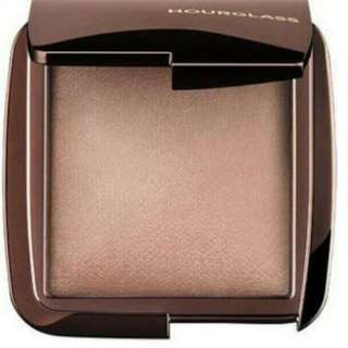 Ambient Hourglass Highlighter
