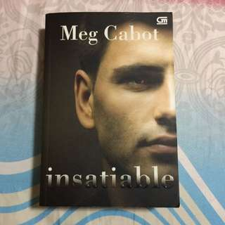 Novel Terjemahan Insatiable By Meg Cabot