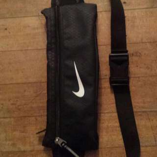 Nike Pouch