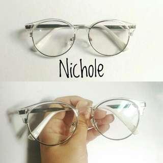 Nicole Specs