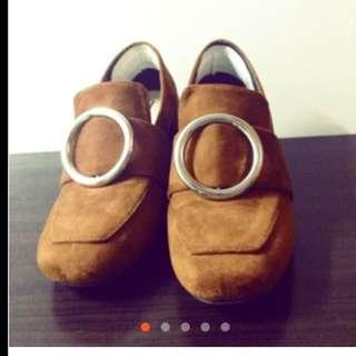 金屬圓環 復古 粗跟 方頭 絨面 麂皮 鞋