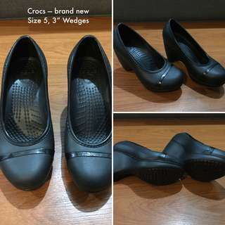 Crocs Wedges Size 5