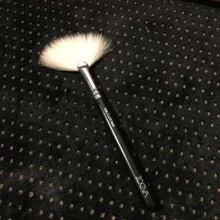Zoeva 129/Luxe Fan Makeup Brush
