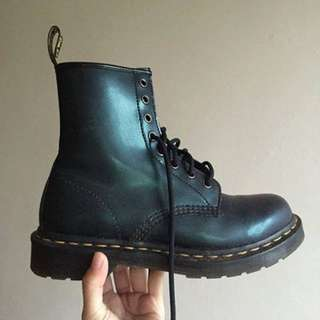 Dr Martens 1460 Womens 8-Eyelet Two-Tone Tracer Leather Boots - Green (Second)