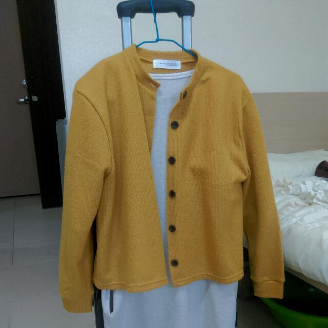 全新 芥黃針織外套