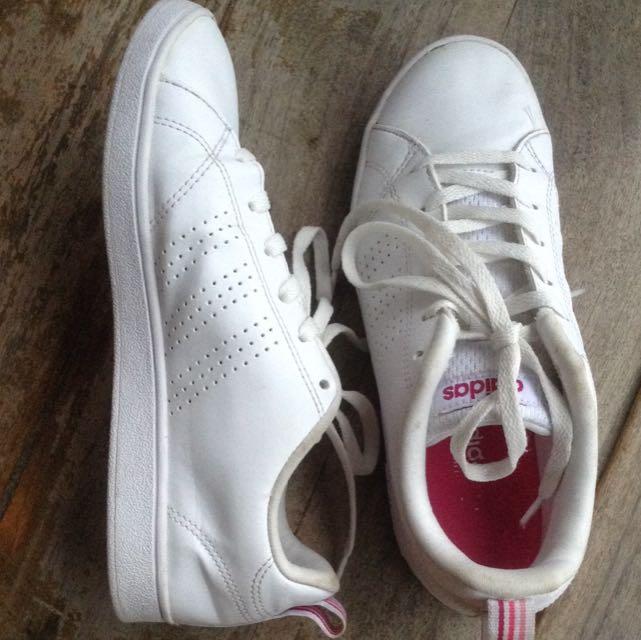 e93a497a0c65 ... closeout adidas neo advantage original fesyen wanita sepatu di  carousell 025f0 39973