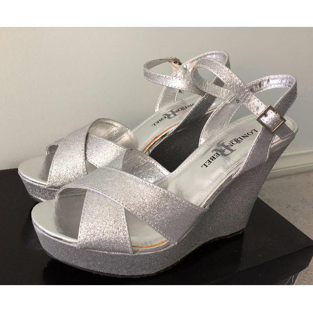 BNIB LONDON REBEL Silver Glitter Wedges - Size 7