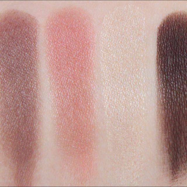 Chanel Eyeshadow 537 Quadrille