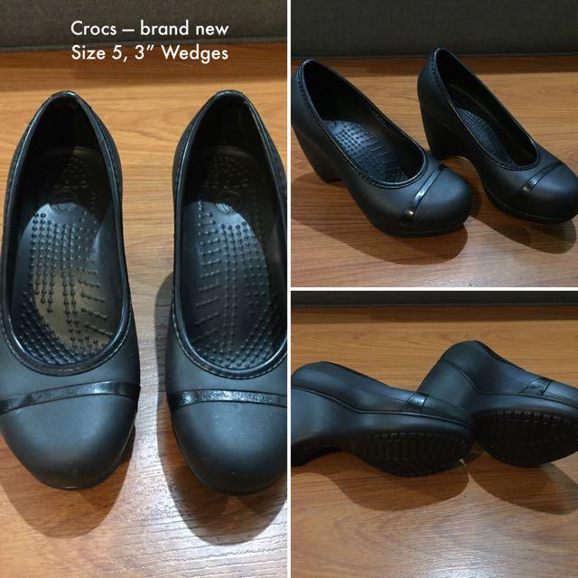 Crocs Wedges Size 5