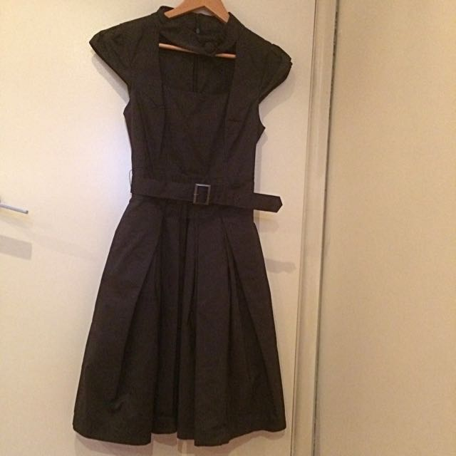 CUE Formal Dress