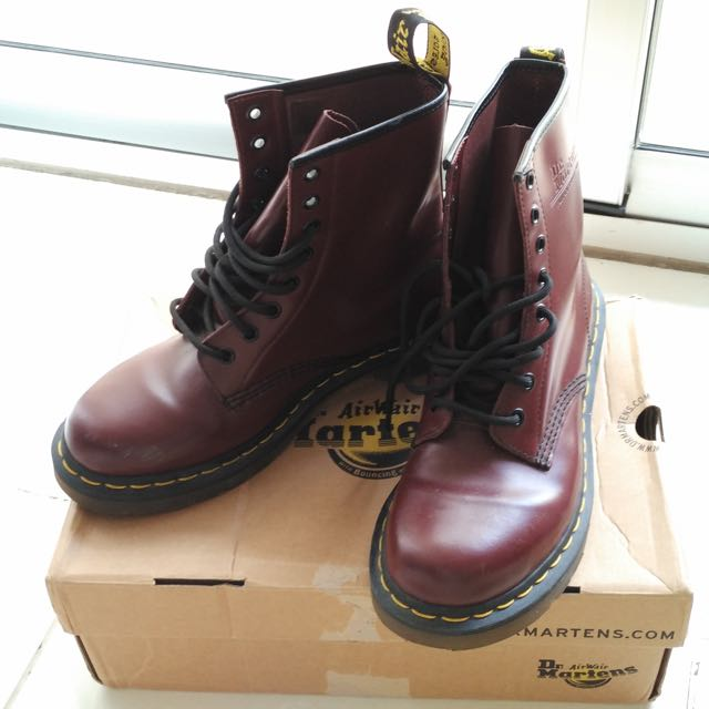 Docmart 1460 Cherry Red
