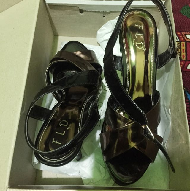 FLD Brown Heels