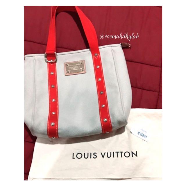 Louis Vuitton Antigua
