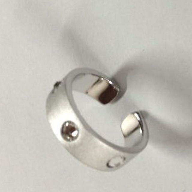 me.n.u Silver ring with Swarovski crystals