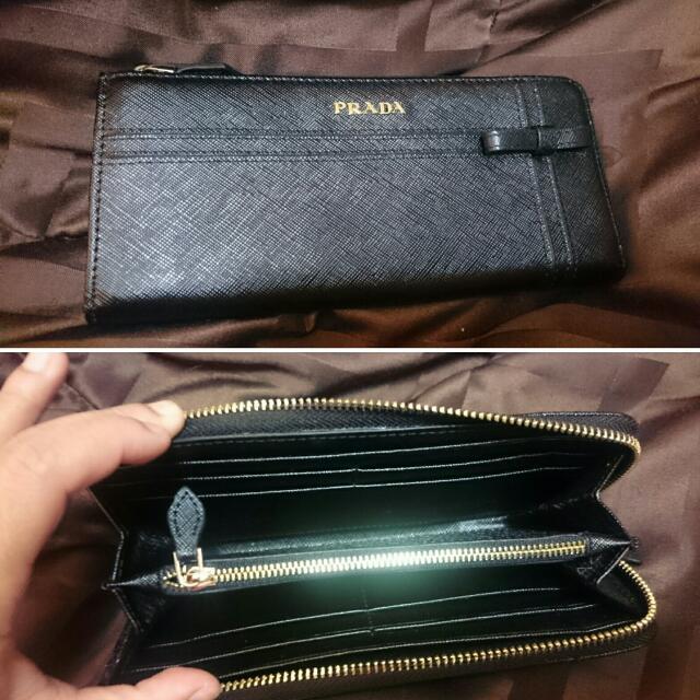 Prada Black Leather Wallet $25