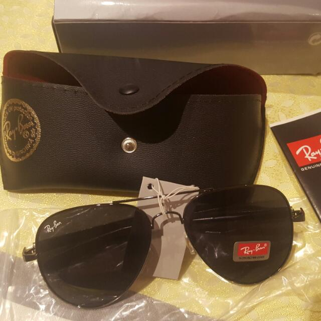 Ray Ban Sunglasses- Carbon Fibre