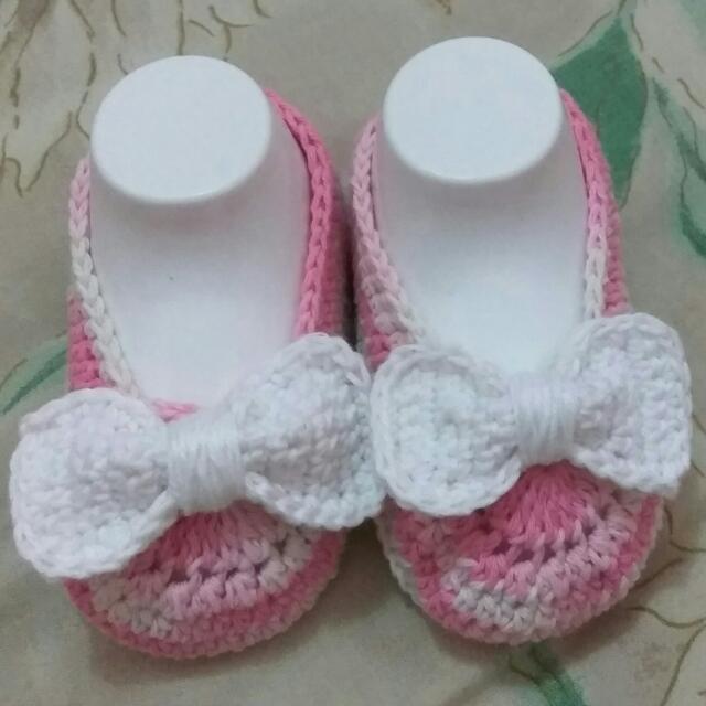 Sepatu Bayi Pita Putih