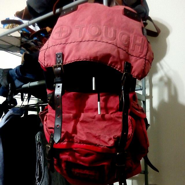 TOUGH登山紅色真皮後背包