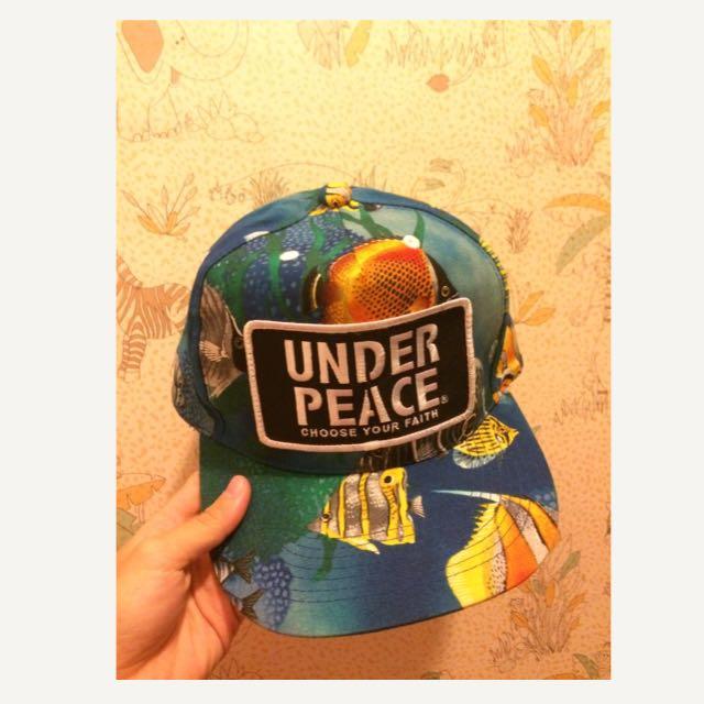 Under Peace 帽子