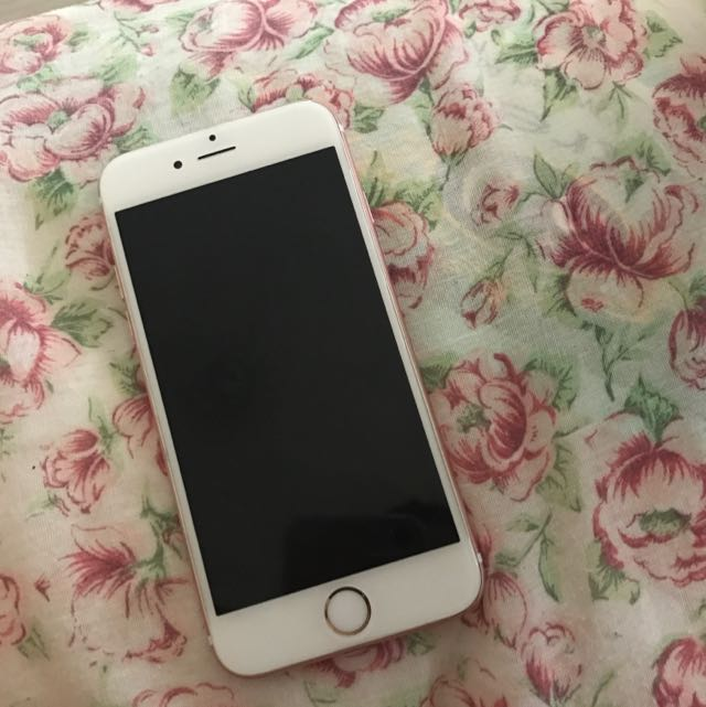 Water Damaged iPhone 6s 64Gb