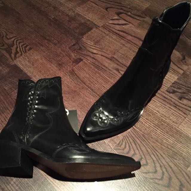 Zara Black Leather Cowboy Boot