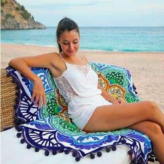 Round Beach Towel (Bright Aztec)