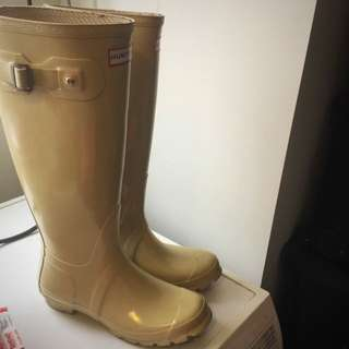 Hunter boots size 38 beige/off white